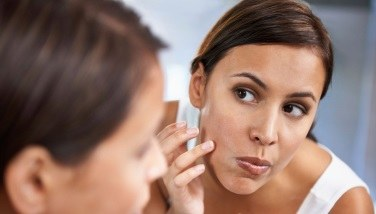 Microdermabrasion for Your Acne Scars - Is It Right for You?